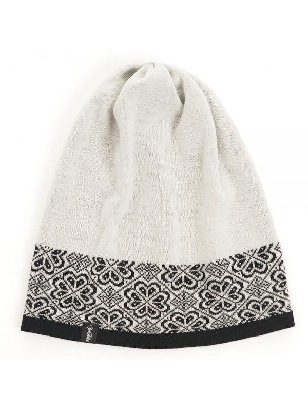 Vrikke Briksdal hat černá naruby